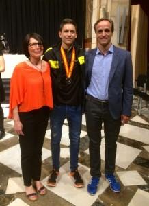 Pau Isern jugador del CH Lleida Pardinyes catalana cadet recepció Generalirat